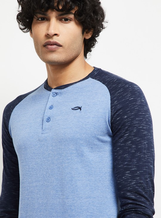 MAX Solid Henley Neck Lounge T-shirt
