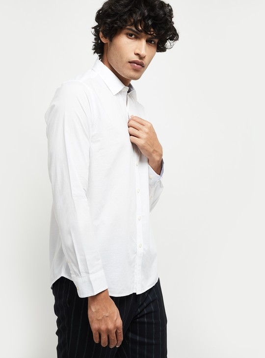 MAX Solid Slim Fit Smart Casual Shirt