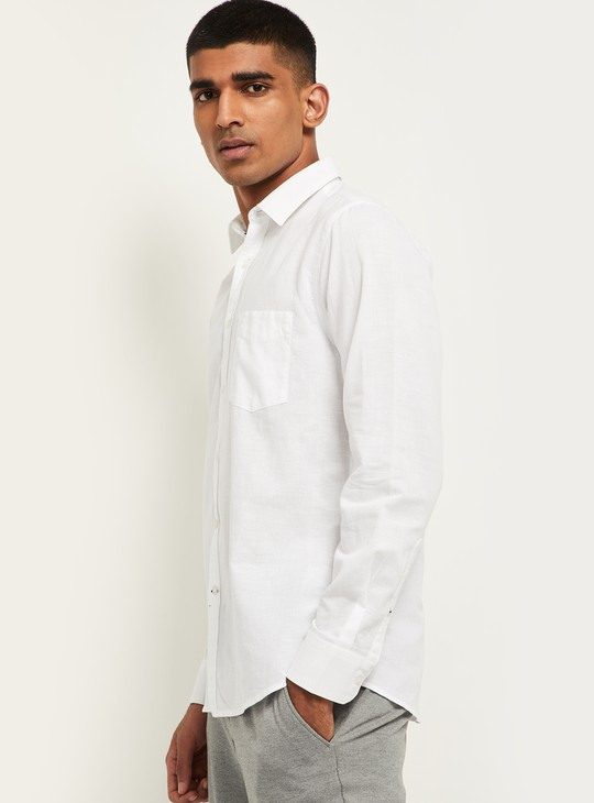 MAX Solid Smart Slim Fit Casual Shirt