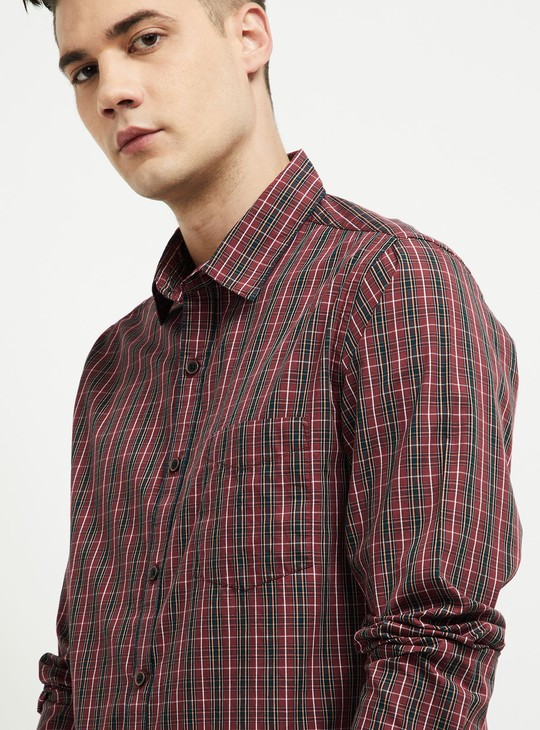 MAX Checked Slim Fit Casual Shrit