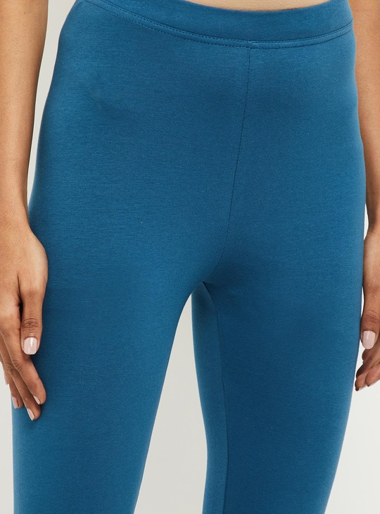 MAX Solid Knitted Leggings