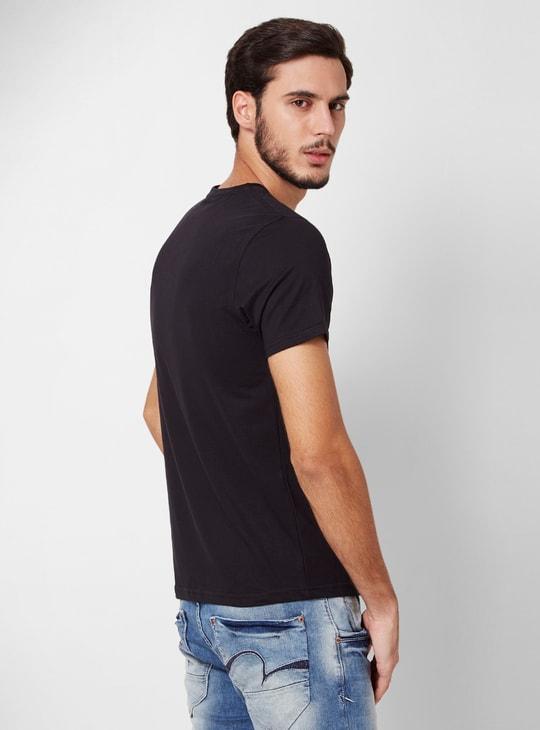 FAME FOREVER Solid Crew-Neck Regular Fit T-shirt