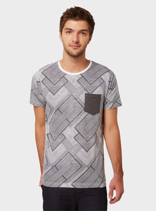 MAX Printed Patch Pocket T-Shirt