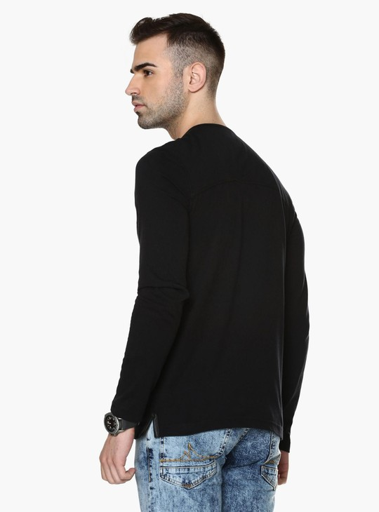 MAX Henley Collar T-Shirt
