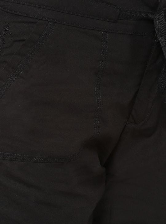 MAX Solid Slant Pocket Capris