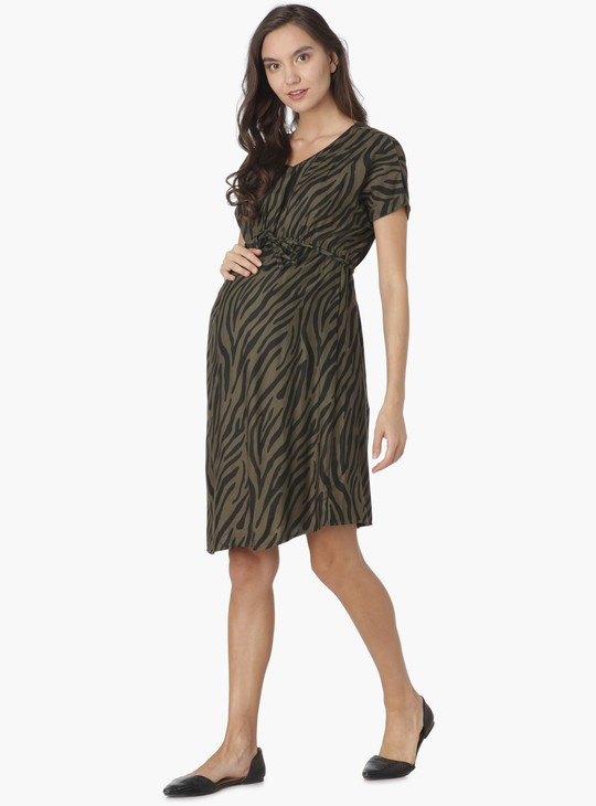 MAX Printed V-Neck Tie-Up Waist Maternity Dress