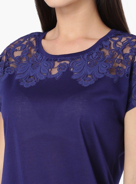 MAX Yoke Design Extended Sleeves Top