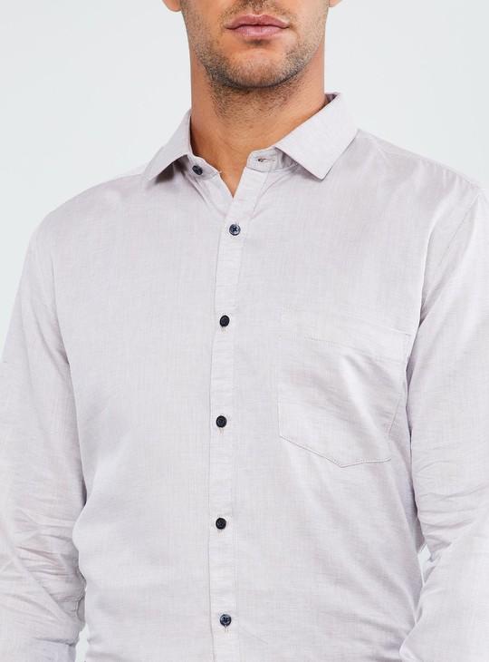 MAX Patch Pocket Solid Formal Shirt