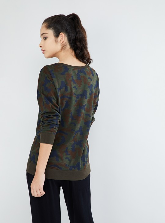 MAX Camouflage Print Full-Sleeve Top