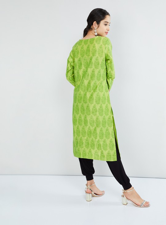 MAX Foil Print Kurta With Embroidered Placket