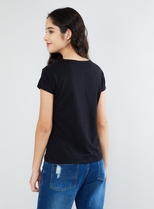 MAX Typographic Print T-shirt with Choker Neckline