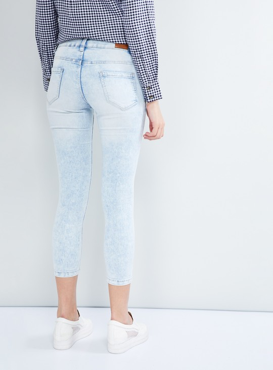 MAX Lightly Washed Cropped Jeans