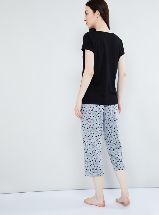 MAX Printed Capris with Short-Sleeve Top