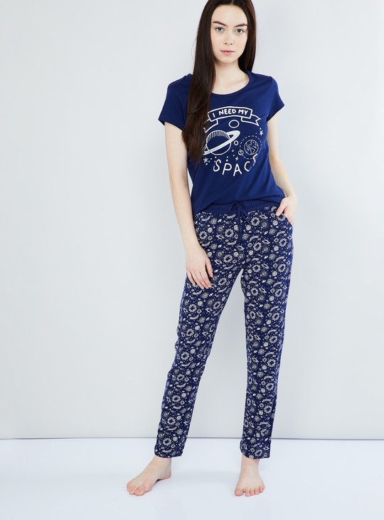 MAX Printed Pyjamas with Short-Sleeve Top
