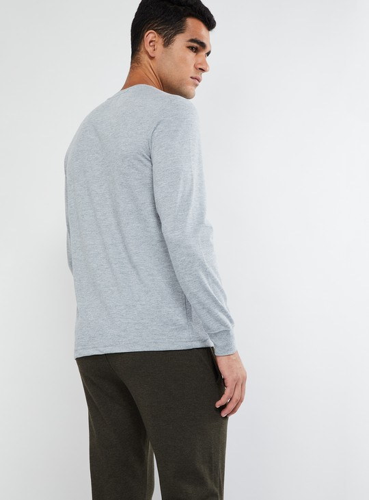 MAX Long Sleeve V-neck T-shirt