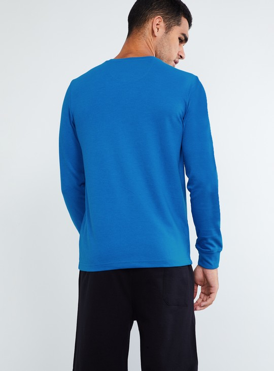 MAX Long-Sleeve V-neck T-shirt