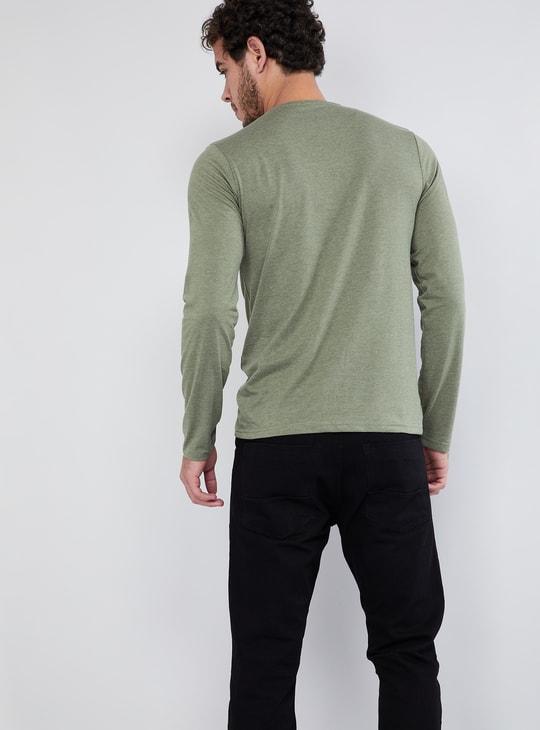 MAX Heathered V-neck T-shirt