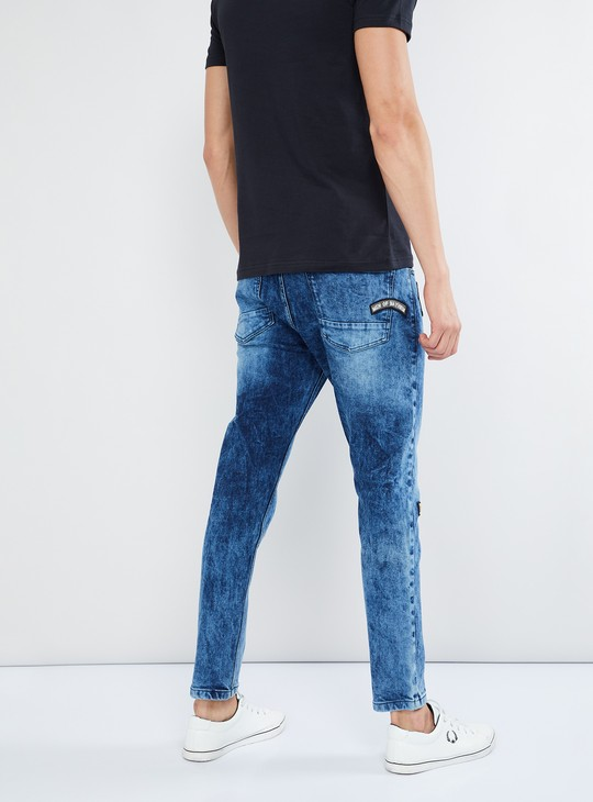 MAX Stone-Washed Jeans with Applique