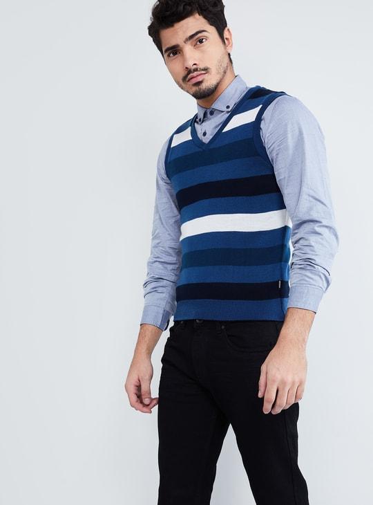 MAX Reversible Sleeveless Sweater