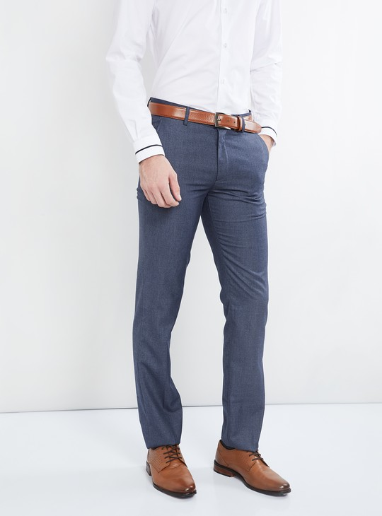 MAX Solid Low-Rise Slim Fit Trousers