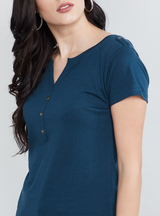 MAX Solid Placket Detail Top