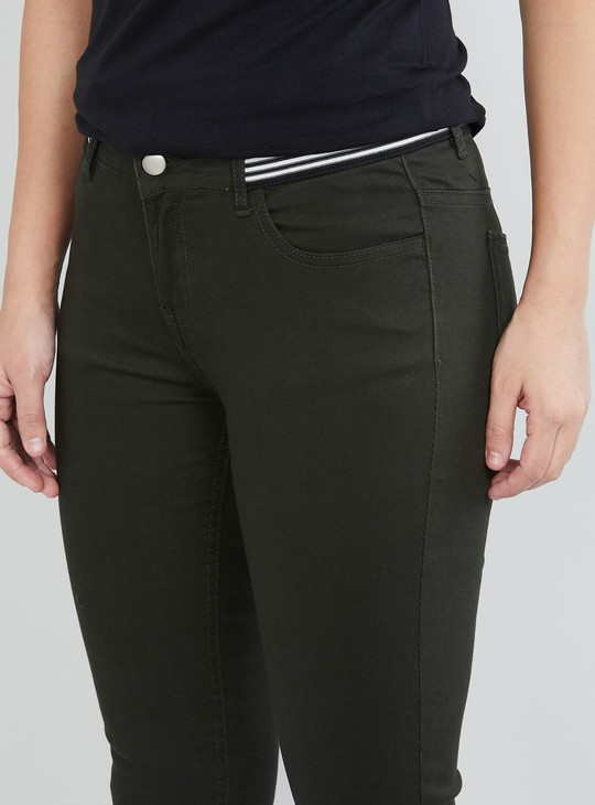 MAX Solid Skinny Fit Cropped Trousers