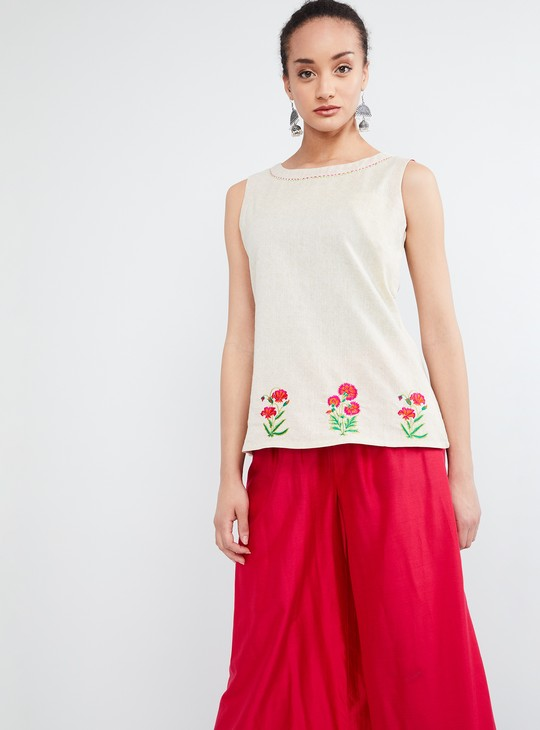 MAX Floral Embroidery Sleeveless Top