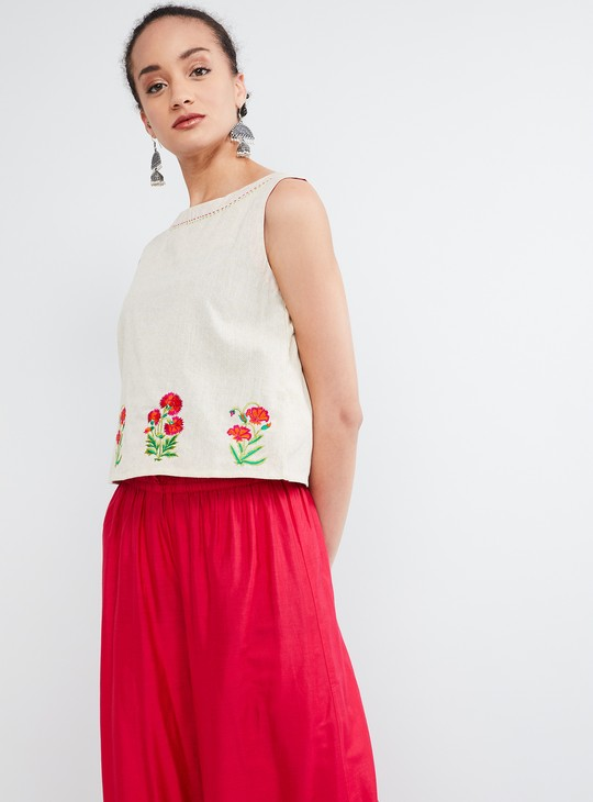 MAX Floral Embroidery Sleeveless Ethnic Crop Top