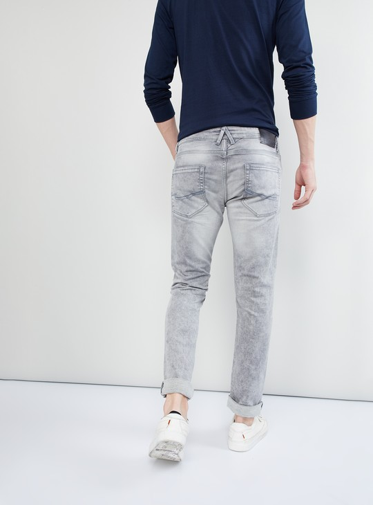 MAX Stone-Washed Low-Rise Slim Fit Jeans