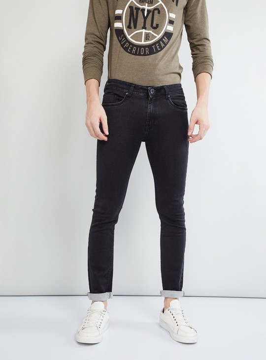 MAX Solid Low-Rise Skinny Fit Jeans
