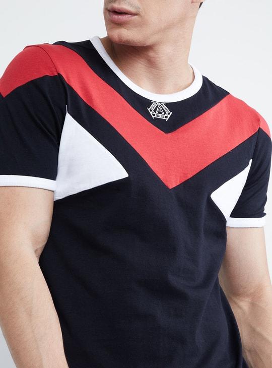 MAX Colour-Blocked Crew Neck T-shirt
