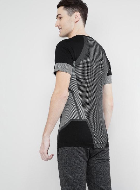 MAX Textured Short Sleeves T-shirt