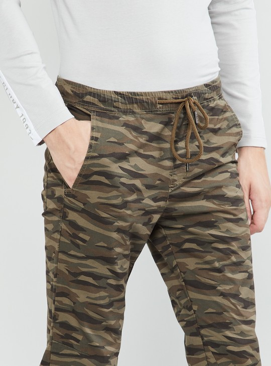MAX Camouflage Print Regular Fit Joggers