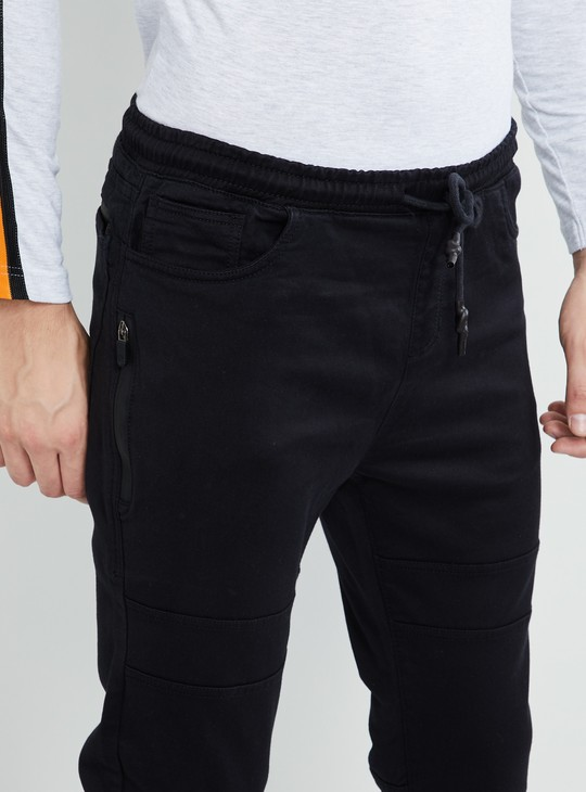 MAX Solid Low-Rise Slim Fit Jeans