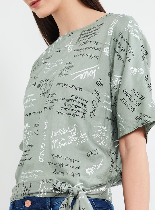 MAX Typo Print Short Sleeves Top