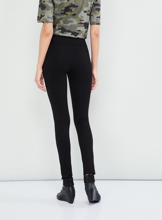 MAX Solid Button Detail Treggings