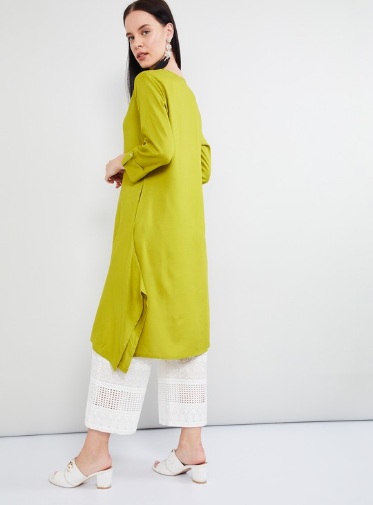 MAX Solid Rolled-Up Sleeves Dipped Hem Kurta