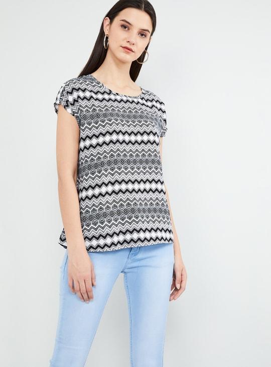 MAX Geometric Print Cap Sleeves Top