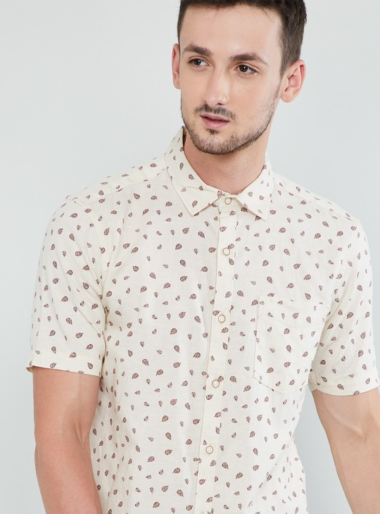 MAX Printed Slim Fit Short Sleeves Shirt