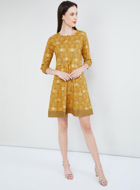 MAX Tasselled Tie-Up Printed Shift Dress