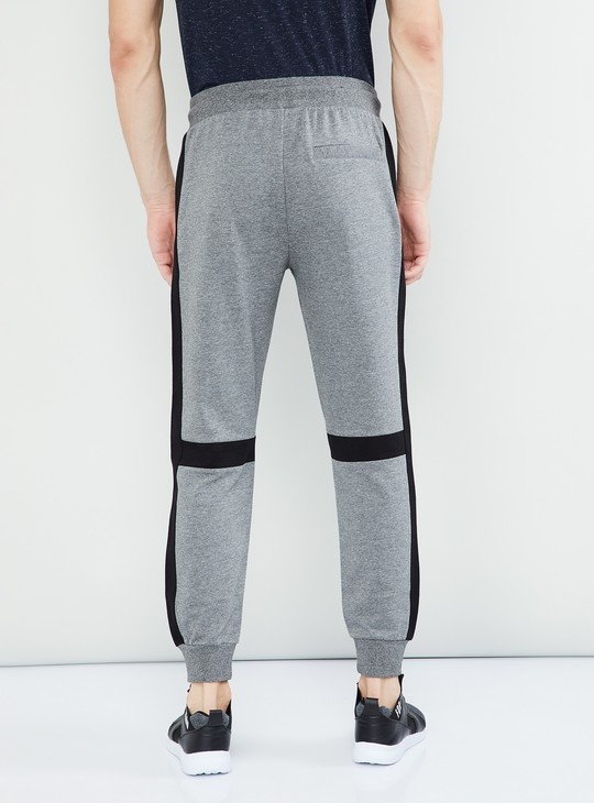 MAX Solid Regular Fit Panelled Joggers