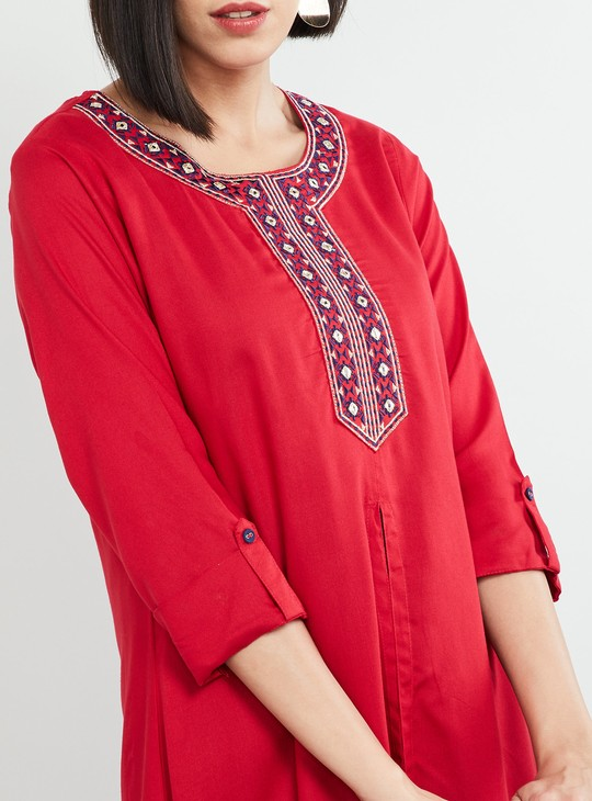 MAX Embroidered Rolled-Up Sleeves Layered Kurta