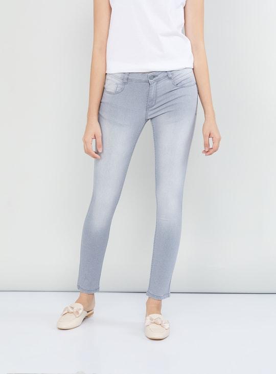 MAX Stonewashed 5-Pocket Jeans