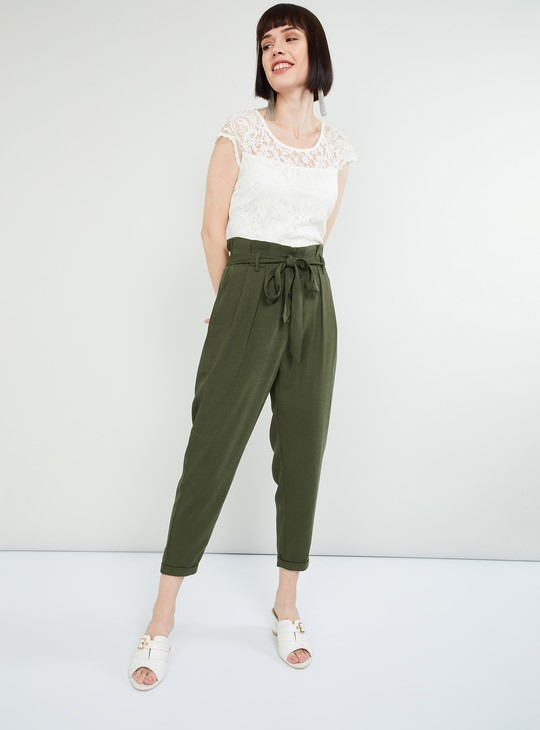MAX Solid Cropped Pegged Trousers