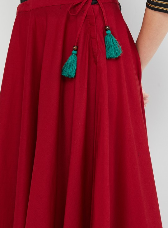 MAX Solid Tassel Detailed Skirt