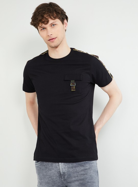 MAX Camouflage Tape Detailed Crew Neck T-shirt