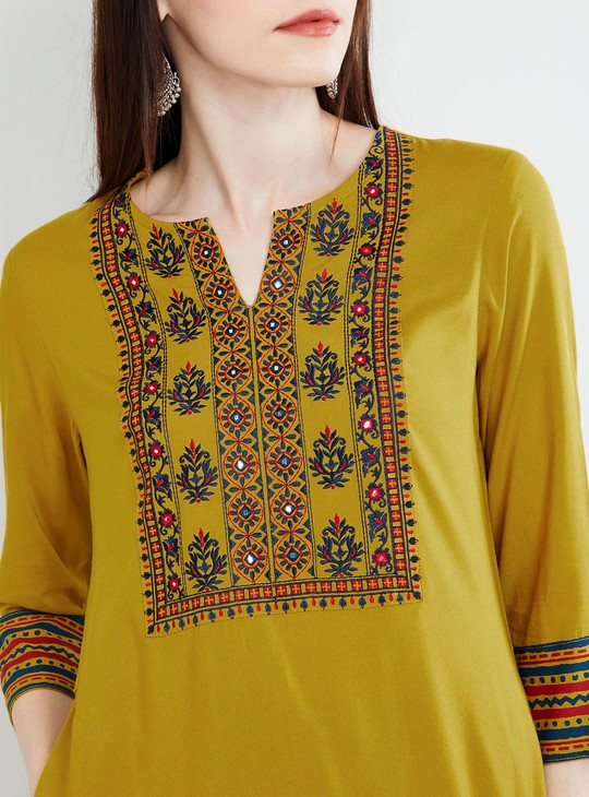 MAX Embroidered Kurta with Mirror Work
