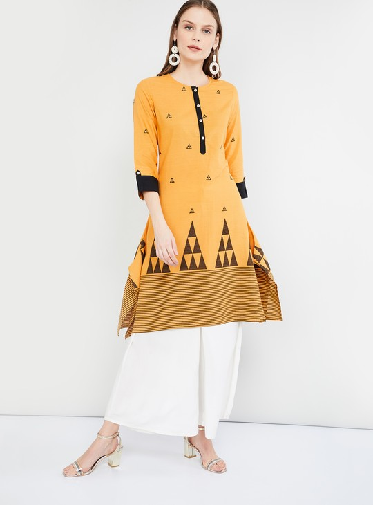MAX Geometric Print Flared Kurta with Dipped Hems