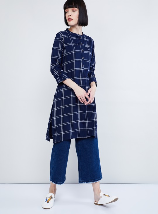 MAX Roll-Up Sleeves Checked A-line Kurta