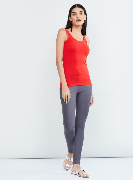 MAX Solid Jeggings with Button Detail